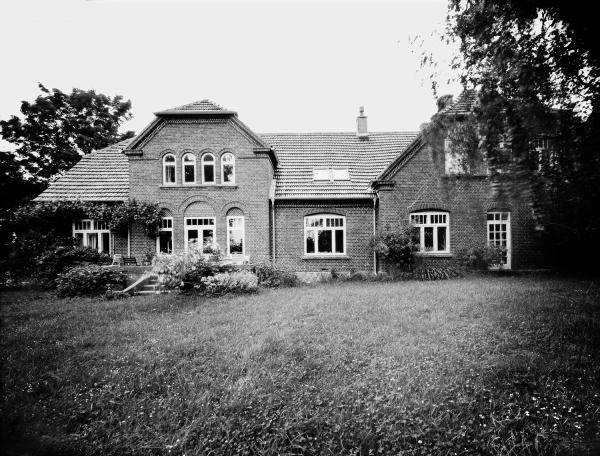 Falsterhus Aufnahme auf Fotopapier schwarzweiß
