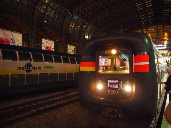 Letzter Zug nach Dänemark am Hamburger Hauptbahnhof